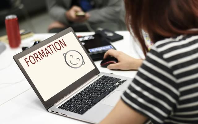 WEBMASTER de sites internet pour se former à l'autonomie digitale